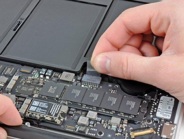 pin macbook air 2017